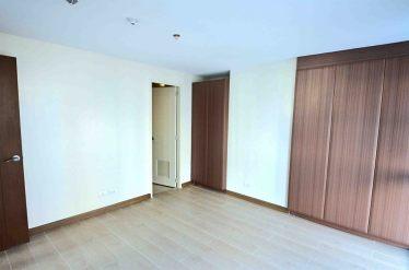 1br-modular-closet
